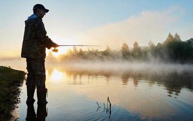 freshwater fishing lakes and rivers